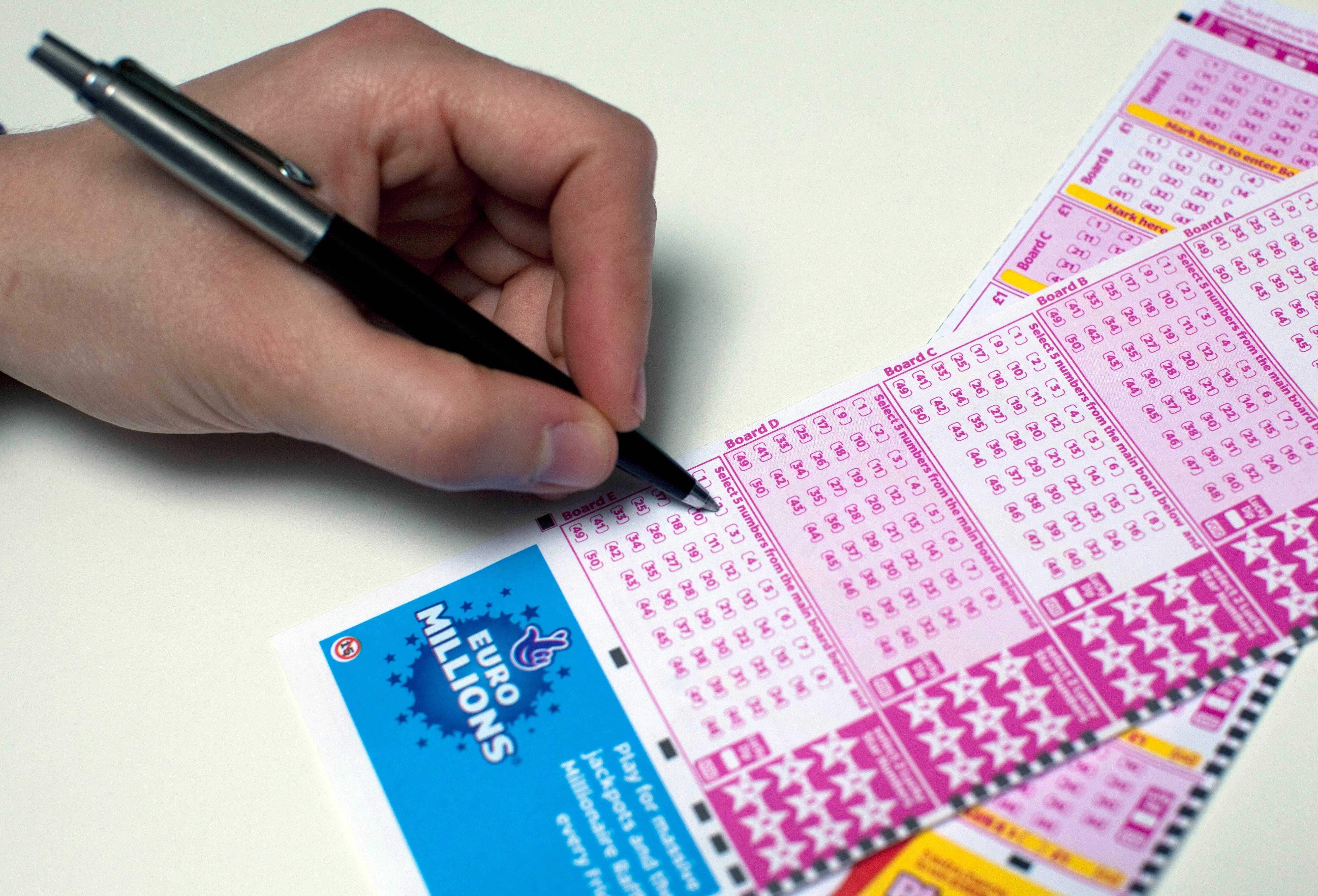 Østerrikske lotteri euromillioner (5 из 50 + 2 av 12)